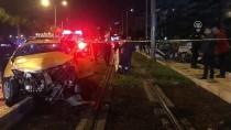 KIRMIZI IŞIK - İzmir'de Trafik Kazası Açıklaması 4 Yaralı