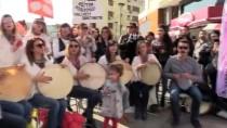 NENE HATUN - Öğretmenler Müziği Sokağa Taşıdı