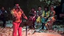 NOSTALJI - Öğretmenlerden Oluşan Koro Konser Verdi