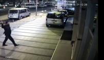 ESNAF ODASı BAŞKANı - Sabıkası Yüzünden Taksici Olamayınca Dehşet Saçtı