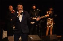 AHMET SELÇUK İLKAN - Ahmet Selçuk, En Güzel Şiirlerini Öğretmenler İçin Söyledi