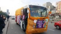 ŞİDDETE HAYIR - Kadınlar Farkındalık İçin Örgülerle Otobüs Süsledi, Sokaklarda Gezdi
