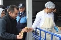 ÇİĞ KÖFTE - Kestane Festivali'ne Vatandaşlar Akın Etti