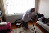 EV TEMİZLİĞİ - Ortahisar'da 286 Vatandaşa Evde Bakım Hizmeti Veriliyor