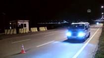 GIRESUN ÜNIVERSITESI - Giresun'da Otomobil Polislere Çarptı