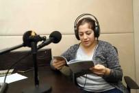 BAĞCıLAR BELEDIYESI - Anneler Görme Engelli Çocukları İçin Kitap Seslendirdi