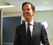 ROTTERDAM - Rutte Skandal Yasakta Israrlı