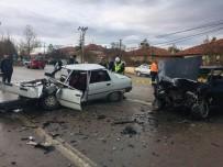 AHMET YıLDıZ - Yozgat'ta Trafik Kazası Açıklaması 1 Ölü, 4 Yaralı
