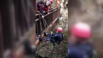 SERDENGEÇTI - Antalya'da Kayalıklara Düşen Kişi Kurtarıldı