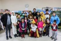 ÇOCUK OYUNU - Bitlis Belediyesinden Tiyatro Etkinliği