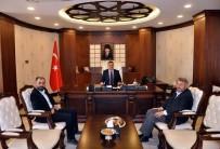 HAKKARİ VALİSİ - Dekan Çiçek'ten Vali Akbıyık'a Ziyaret