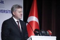 YENI DÜNYA - Makedonya Cumhurbaşkanı İvanov Üniversitelilerle Bir Araya Geldi