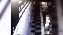 ÇANKAYA MAHALLESİ - Mersin'de 'Kör Eden Darp' Kamerada