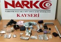 DEDEKTÖR KÖPEK - Polis Zehir Tacirlerine Göz Açtırmıyor