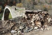 YEŞILTEPE - Sellerin Yıkamadığı Köprüye Yol Çalışması Zarar Verdi