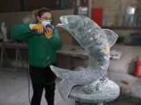 VİTRİN - Tanesini 1 Ayda Bitiriyor, 30 Bin Liradan Satıyor