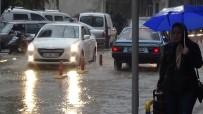 YAYA TRAFİĞİ - Yağış Hayatı Olumsuz Etkiliyor