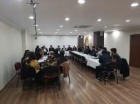 TRAFİK YOĞUNLUĞU - Başkan Aday Adayı Aksan MÜSİAD'lı Gençlerle Bir Araya Geldi