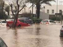 SEL BASKINLARI - Edirne'den sonra o bölgeyi şiddetli yağış vurdu