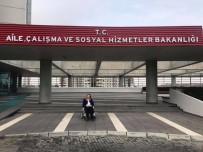 BENNUR KARABURUN - Eski Milletvekiline Yeni Görev