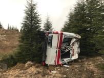 OSMANGAZİ ÜNİVERSİTESİ - Kontrolden Çıkan Ambulans Takla Attı