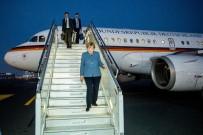 KÖLN - Merkel'in Uçağı Zorunlu İniş Yaptı