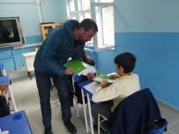 KIRTASİYE MALZEMESİ - Yalova'da Amatör Kulüpten Eğitime Destek