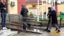 YAŞLI ADAM - Yaşlı Adamın 25 Bin Lirasını Gasbeden Kadın Tutuklandı