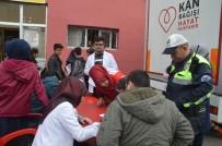 Eleşkirt'te Polislerden Kızılay'ın Kan  Bağışı Kampanyasına Destek