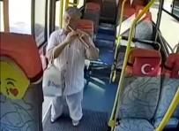 Halk Otobüsünde Flüt Resitali Şoförü Yaktı