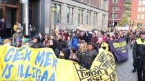 KİMLİK KARTI - Hollanda'da AB'nin Göç Politikaları Protesto Edildi