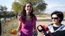 İspanyol Öğretim Görevlisinin 'Plastik' Mücadelesi Sürüyor