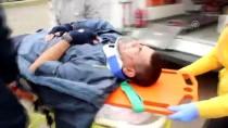 Adana'da Posta Dağıtıcısı Kazada Yaralandı