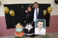 CEM ADRİAN - Ağrılı Minik Öğrencilerden Cem Adrian'a 'Doğum Günü' Sürprizi