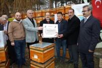 Arı Yetiştiricilerine 3 Bin 200 Organik Kovan Ve Mum Desteği
