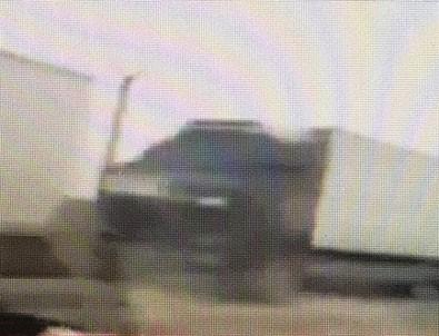 ABD'nin terör örgütü YPG'ye gönderdiği silahlar görüntülendi