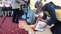 FAHRETTİN PAŞA - 'Bir Mont, Bir Bot' İle Gönülleri Isıttılar