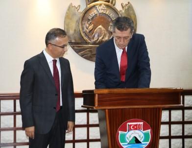 Milli Eğitim Bakanı Selçuk, Rize'den Ayrıldı