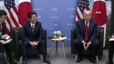 Trump Ve Abe Önemli Toplantı Öncesi Bir Araya Geldi