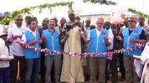 DENİZ FENERİ - Türk Hayırsever, Somalili Yetim Çocukların Umudu Oldu