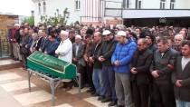 DERECIK - Viyadük Kazasında Ölen İşçinin Cenazesi Defnedildi