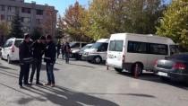 Afyonkarahisar'da Hırsızlık Zanlıları Tutuklandı