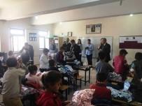 Bismilli Öğrencilere Giyim Ve Kırtasiye Yardımı