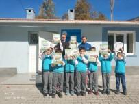 TRAFİK KURALLARI - Jandarma Çocuklara Kitap Sevgisi Aşılıyor