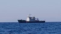 ARAŞTIRMA GEMİSİ - Yunan gemisi anında kaçtı