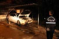 Adana'da Park Halindeki Otomobil Benzin Dökülerek Ateşe Verildi