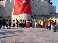 ÜLKÜ OCAKLARı - Asenalar Sınavlar Önce Kuşadası'nda Moral Depoladı
