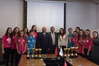 TÜRKİYE ATLETİZM FEDERASYONU - Başkan Eşkinat Atletizmin Genç Yıldızlarını Ağırladı