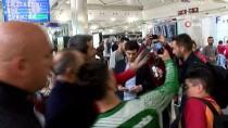 EREN DERDIYOK - Galatasaray, Schalke 04 Maçı İçin Yola Çıktı