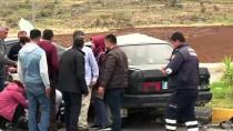 Hatay'da İki Otomobil Çarpıştı Açıklaması 2 Yaralı